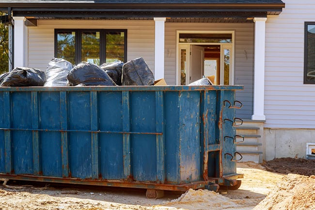 Benefits of Renting a Dumpster for Your Home Renovations